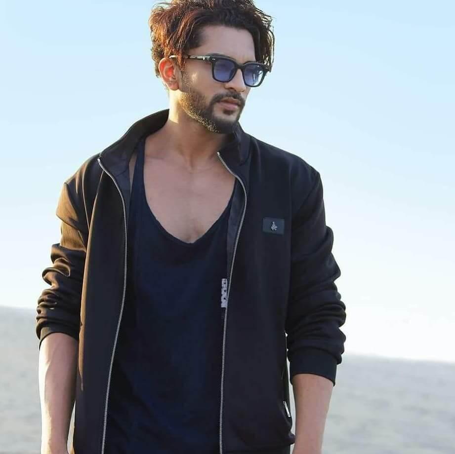Ajay-Bafna-in-Parlok-Jhoting-Web-Series