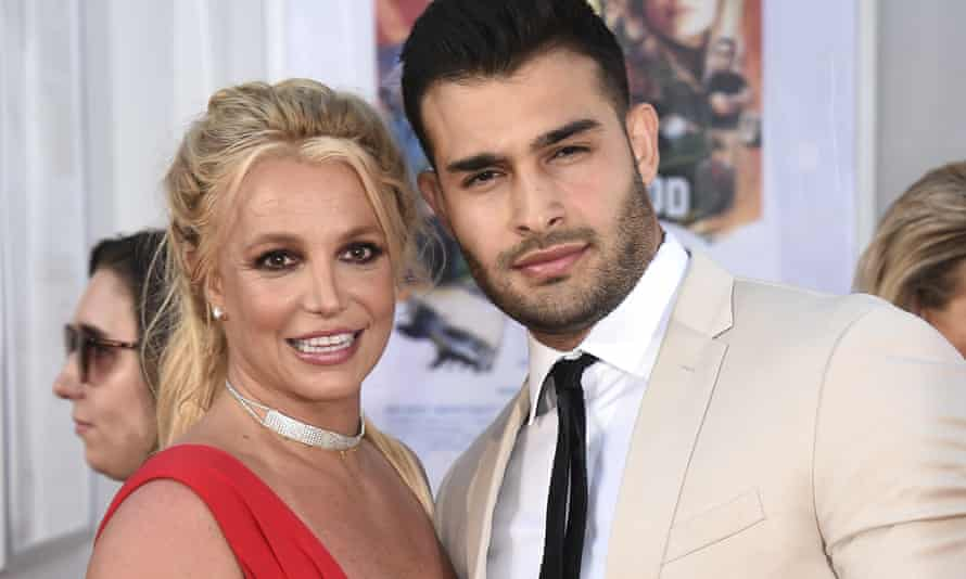Sam-and-Britney-Spears